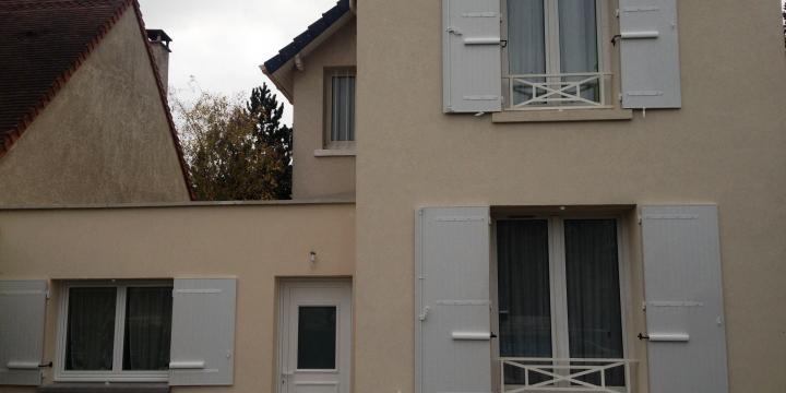 pose et d pannage volet roulant intervention sur paris et r gion parisienne installation. Black Bedroom Furniture Sets. Home Design Ideas